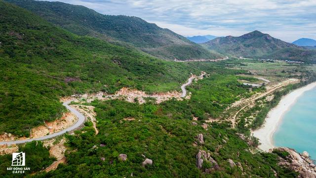Cận cảnh siêu dự án nghỉ dưỡng ven bãi biển đẹp nhất Ninh Thuận bị bỏ hoang, sắp đến thời điểm bị thu hồi - Ảnh 7.