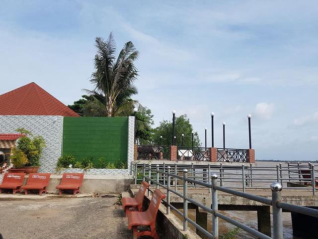 Cận cảnh đại công trình Resort lấn chiếm sông Hậu - Ảnh 5.