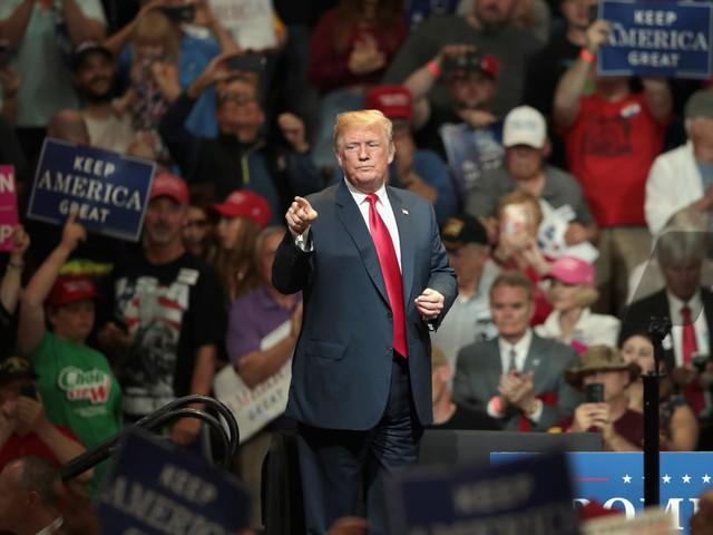 Khối tài sản của gia đình ông Trump lớn cỡ nào? - Ảnh 7.