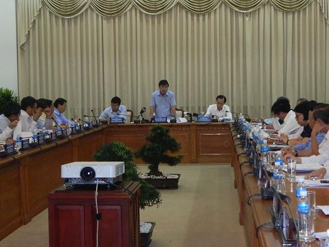 Bí thư TPHCM kêu gọi hiến kế giảm ...họp - Ảnh 3.