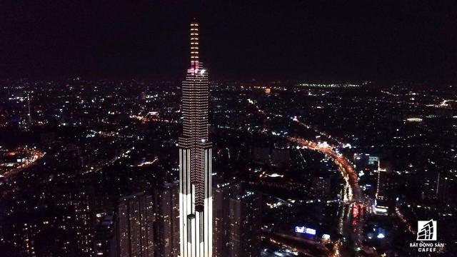 Tòa nhà cao nhất Việt Nam lung linh về đêm giữa Sài Gòn - Ảnh 9.