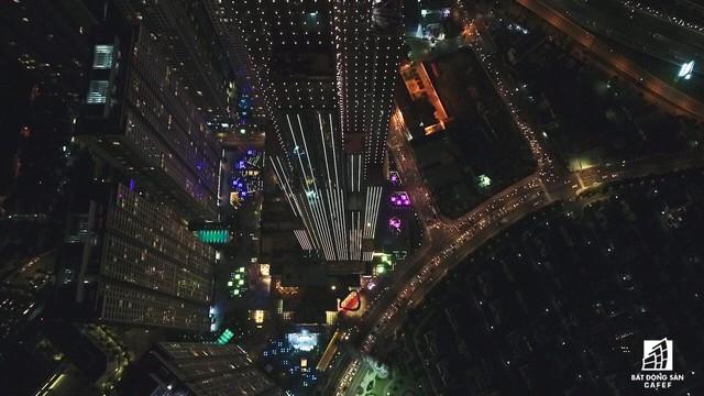 Tòa nhà cao nhất Việt Nam lung linh về đêm giữa Sài Gòn - Ảnh 12.
