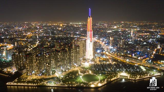 Tòa nhà cao nhất Việt Nam lung linh về đêm giữa Sài Gòn - Ảnh 4.