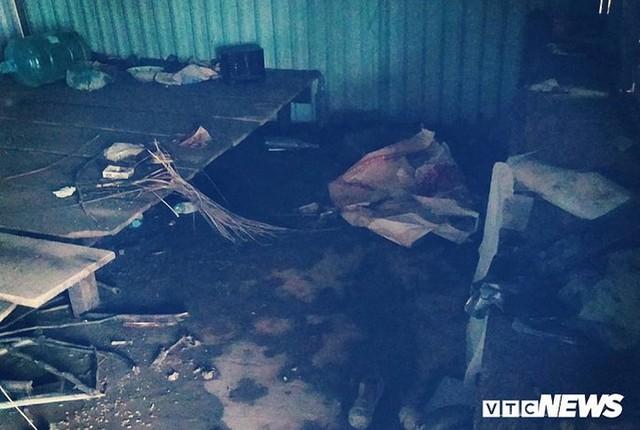 Ảnh: Người Việt thẫn thờ dọn dẹp đổ nát sau vụ vỡ đập thủy điện ở Lào - Ảnh 11.