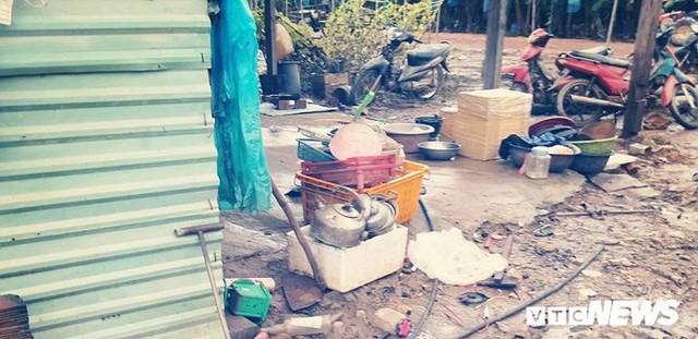 Ảnh: Người Việt thẫn thờ dọn dẹp đổ nát sau vụ vỡ đập thủy điện ở Lào - Ảnh 7.