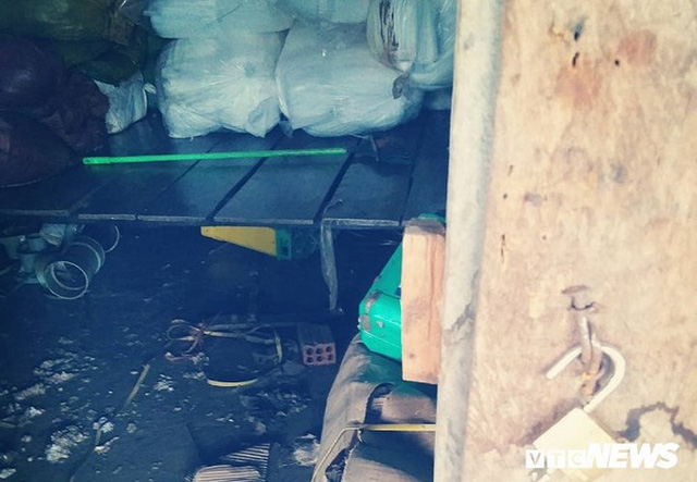 Ảnh: Người Việt thẫn thờ dọn dẹp đổ nát sau vụ vỡ đập thủy điện ở Lào - Ảnh 10.