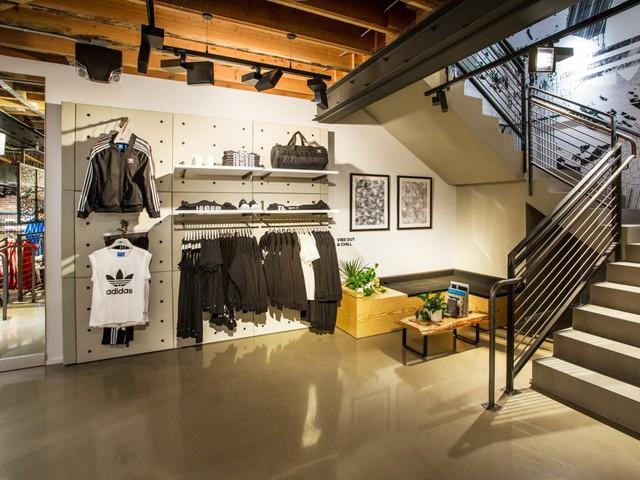 Hàng loạt nhãn hiệu nổi tiếng như Adidas, Forever 21, Kmart đang làm lộ tài liệu người mua hàng - Ảnh 1.