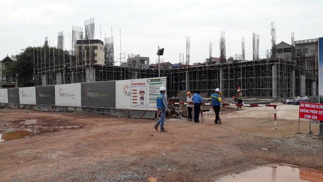 Bắc Giang: Chung cư Bách Việt Areca Garden xây dựng tới tầng 4 mới phát hiện chưa có GPXD - Ảnh 1.