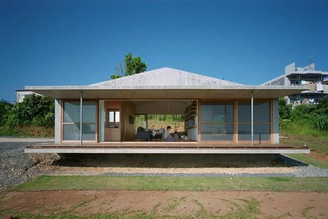Ngôi nhà ở Nhật có kiến trúc mở, gần gũi có thiên nhiên - Ảnh 1.