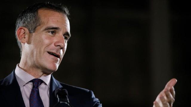 Thị trưởng Los Angeles: Có thể hy vọng về một số con phố bay thẳng Việt - Mỹ vào cuối năm 2019 - Ảnh 2.