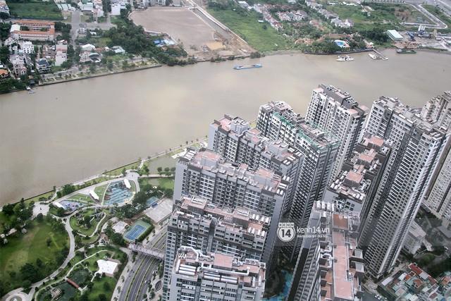 Chùm ảnh: Đứng ở tầng cao nhất Landmark 81, nhìn toàn cảnh Sài Gòn đẹp và bình yên đến thế! - Ảnh 7.