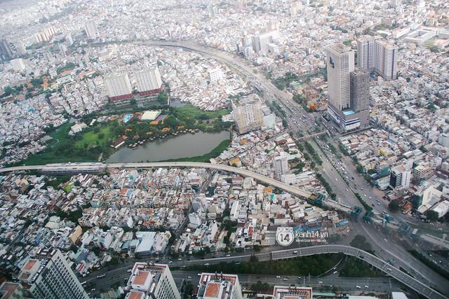 Chùm ảnh: Đứng ở tầng cao nhất Landmark 81, nhìn toàn cảnh Sài Gòn đẹp và bình yên đến thế! - Ảnh 8.