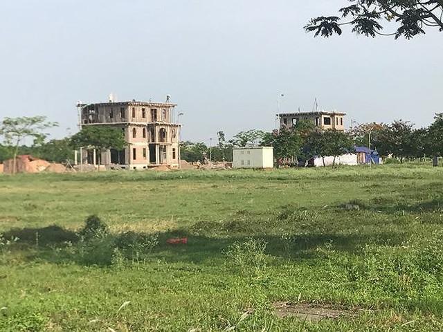 Nhiều thành thị bỏ hoang sau 10 năm Hà Nội mở rộng - Ảnh 5.