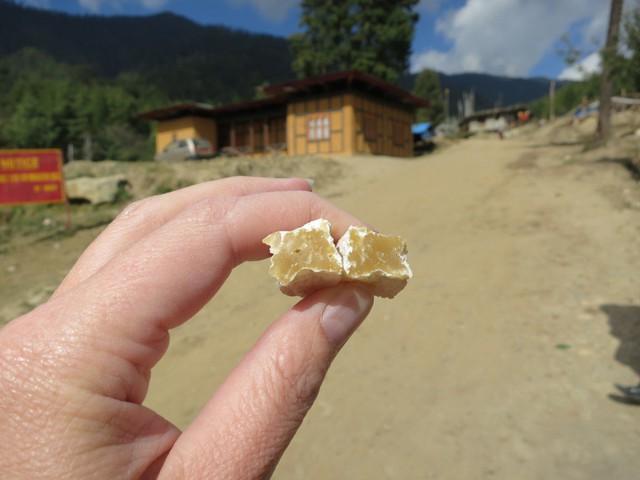 Đất nước Bhutan có một món ăn rất đánh lừa thị giác, cứ ngỡ là xâu kẹo những sự thật lại vô cùng bất ngờ - Ảnh 5.