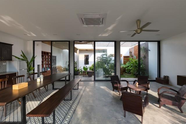"""Cận cảnh căn nhà cấp 4 """"đẹp hơn biệt thự"""" ở ngoại thành Hà Nội được báo Tây khen ngợi - Ảnh 7."""
