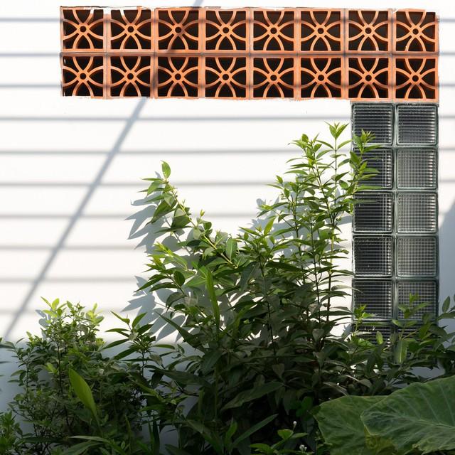 """Cận cảnh căn nhà cấp 4 """"đẹp hơn biệt thự"""" ở ngoại thành Hà Nội được báo Tây khen ngợi - Ảnh 21."""