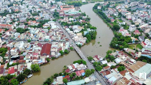 Cận cảnh dự án tuyến 1 vài con phố huyết mạch khu Đông Sài Gòn được mở rộng từ 7m lên 30m - Ảnh 4.