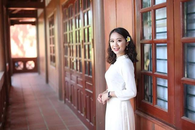 Nữ thủ khoa 30,25 điểm ở Hòa Bình: Em muốn cơ quan chức năng làm rõ vụ việc để trả lại công bằng cho những bạn học thật, thi thật - Ảnh 2.