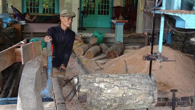 """""""Đột nhập"""" làng nghề làm thớt gỗ trứ danh ở miền Tây - Ảnh 3."""