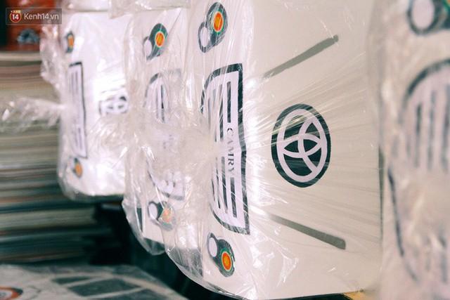 Làng vàng mã sản xuất xe hơi, túi hiệu cho người cõi âm tất bật trong tháng cô hồn: Xe mui trần đắt nhất 2 triệu đồng - Ảnh 20.