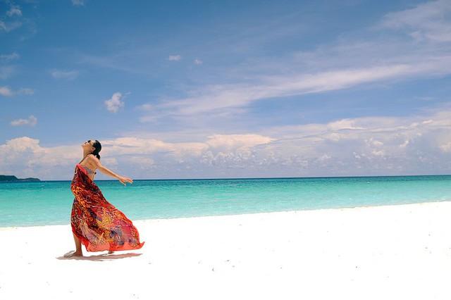 Chẳng cần đi đâu xa, 8 hòn đảo xinh đẹp ngay cạnh Việt Nam này bạn phải đi ít nhất một lần trong đời - Ảnh 6.