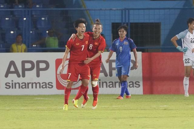 """Việt Nam """"lùi một bước, tiến ngàn dặm"""" sau trận thua 7 bàn trắng trước Nhật Bản - Ảnh 1."""