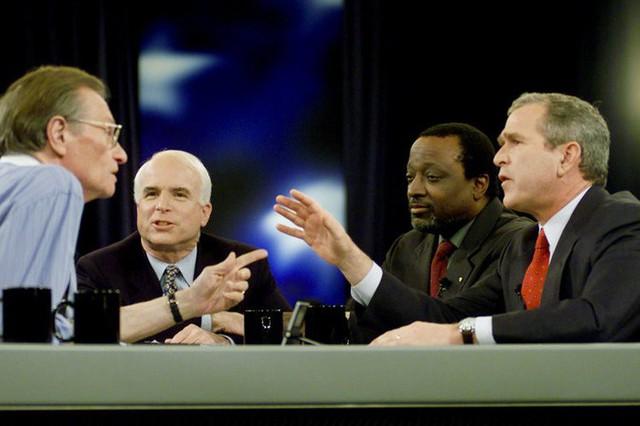 Những cột mốc đáng nhớ trong cuộc đời Thượng nghị sĩ McCain - Ảnh 8.