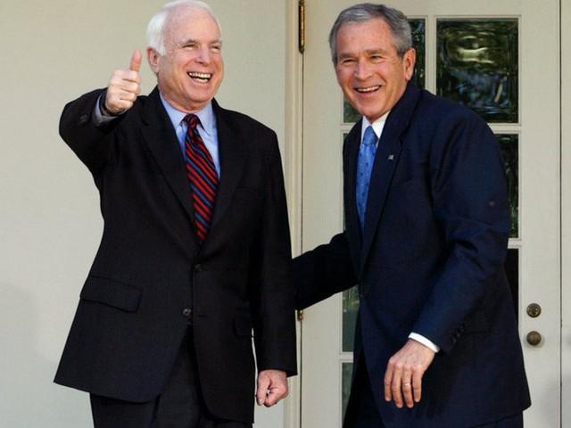 Những cột mốc đáng nhớ trong cuộc đời Thượng nghị sĩ McCain - Ảnh 9.