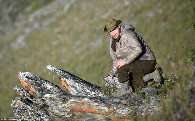 Tổng thống Putin lại gây sốt có chuyến nghỉ hè ở vùng hoang vu Siberia - Ảnh 7.