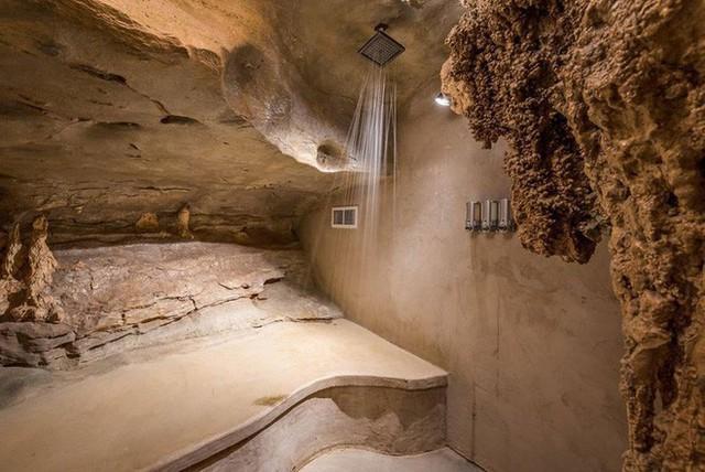 Hang động sang trọng nhất thế giới đang được rao bán với giá 58 tỷ đồng, bên ngoài hoang sơ bên trong mới thật sự bất ngờ - Ảnh 19.