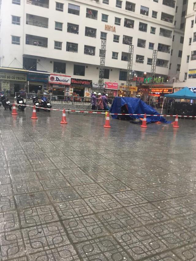 Ăn chơi như cư dân HH Linh Đàm, góp tiền thuê màn hình LED cỡ lớn cổ vũ Olympic Việt Nam trận Việt Nam - Hàn Quốc - Ảnh 2.