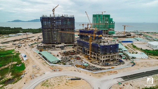 Cận cảnh một số dự án đang biến vùng đất chết Nam Hội An thành thiên một số con phố nghỉ dưỡng mới nổi - Ảnh 9.