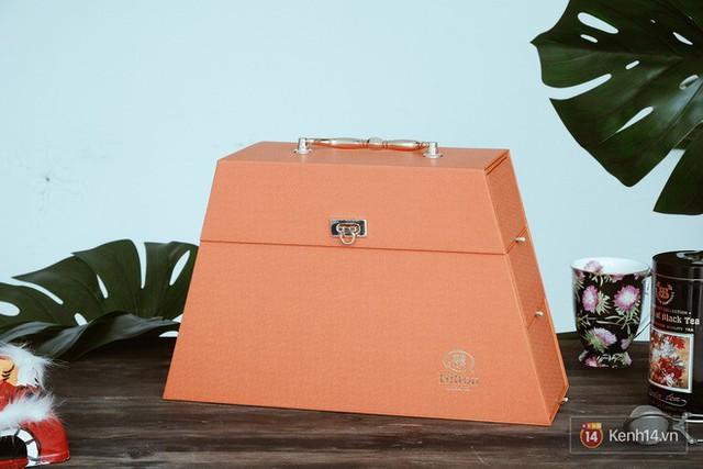 Đập hộp những chiếc bánh Trung thu của các khách sạn nổi tiếng bậc nhất tại Hà Nội - Ảnh 26.