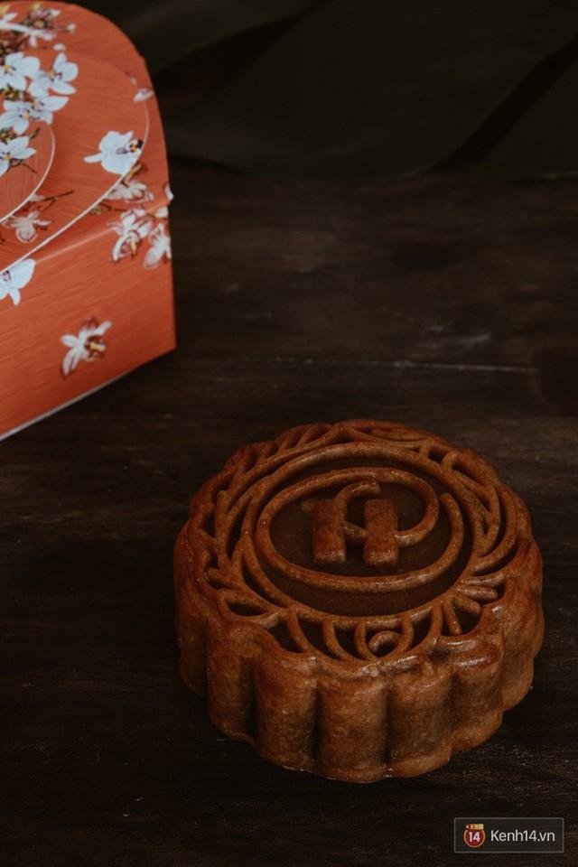 Đập hộp những chiếc bánh Trung thu của các khách sạn nổi tiếng bậc nhất tại Hà Nội - Ảnh 30.