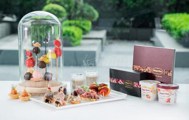 Thưởng thức những bữa tiệc trà hấp dẫn có giá cả triệu đồng được phục vụ tại khách sạn hàng đầu ở Hong Kong và Macau - Ảnh 3.