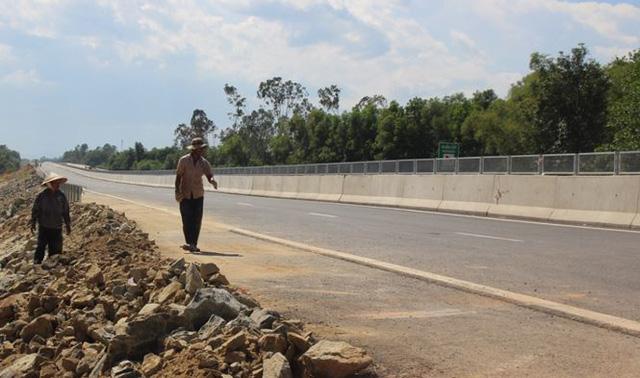 """Không thể cứ """"dây thun"""" công đoạn xa lộ Đà Nẵng - Quảng Ngãi - Ảnh 2."""