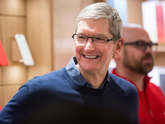 CEO Tim Cook làm gì mỗi ngày để có thể điều hành công ty 1.000 tỷ USD đầu tiên trên thế giới? - Ảnh 1.