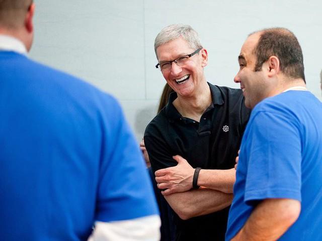 CEO Tim Cook làm gì mỗi ngày để có thể điều hành công ty 1.000 tỷ USD đầu tiên trên thế giới? - Ảnh 12.