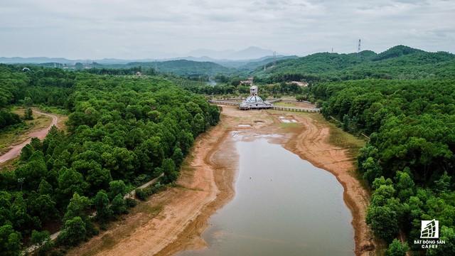 Cận cảnh dự án công viên lạ 15 năm bỏ hoang ở Huế bỗng dưng hút khách nước ngoài - Ảnh 11.
