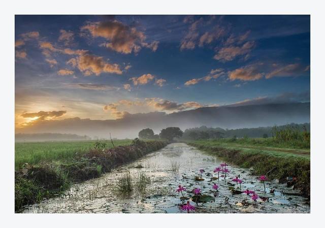 Khám phá vẻ đẹp vừa hoang sơ vừa bình dị của đất nước Malaysia qua ống kính của nhiếp ảnh gia nổi tiếng - Ảnh 1.