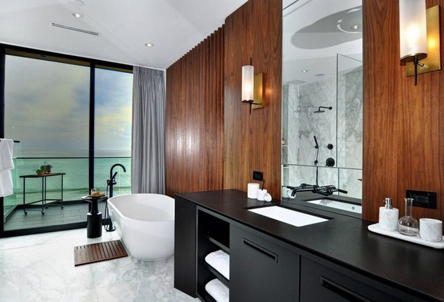 Ngôi nhà 2 tầng tuyệt đẹp nằm ven biển - Ảnh 8.