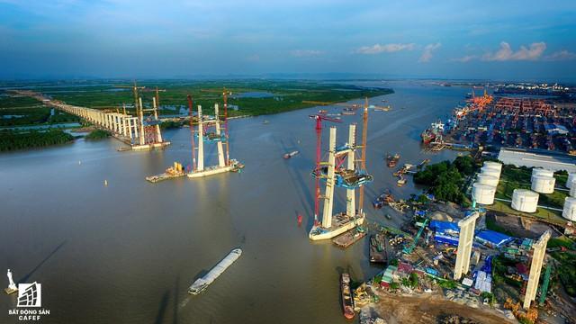 Một ngày trước khi thông xe, nhìn toàn cảnh xa lộ Hạ Long - Hải Phòng và cầu Bạch Đằng gần 15 nghìn tỷ từ trên cao - Ảnh 3.