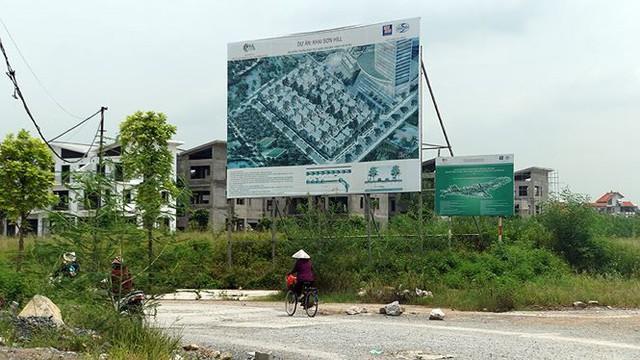 Ngổn ngang tuyến đường đổi bằng 180 ha đất vàng ở Hà Nội   - Ảnh 7.