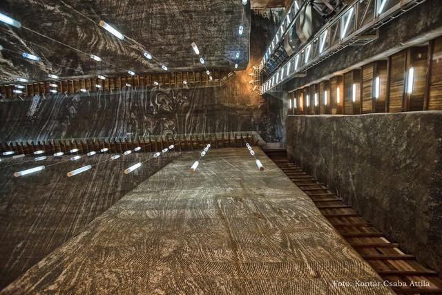 Chùm ảnh: Vẻ đẹp kì diệu của đu quay khổng lồ trong lòng hang động - Ảnh 11.