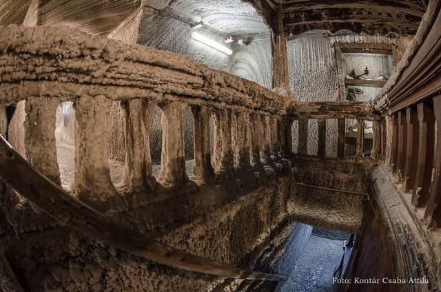 Chùm ảnh: Vẻ đẹp kì diệu của đu quay khổng lồ trong lòng hang động - Ảnh 5.