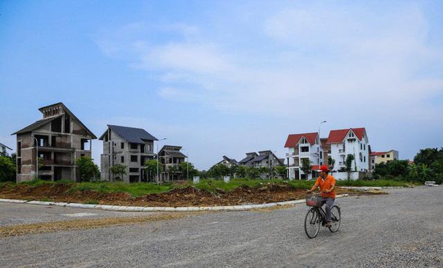 Cận cảnh dự án villa 2.000 tỉ đồng bỏ hoang của Lã Vọng - Ảnh 12.