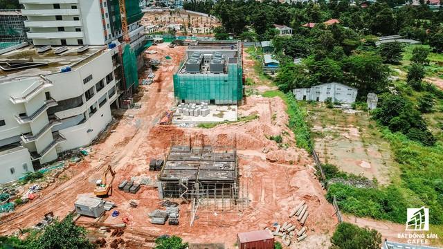 Cận cảnh công đoạn xây dựng dự án trọng điểm y tế 5.800 tỷ đồng, tân tiến bậc nhất ở khu Đông (Tp.HCM) - Ảnh 10.