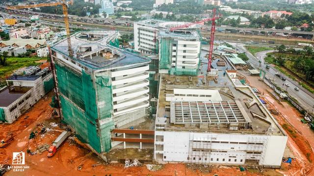 Cận cảnh công đoạn xây dựng dự án trọng điểm y tế 5.800 tỷ đồng, tân tiến bậc nhất ở khu Đông (Tp.HCM) - Ảnh 11.