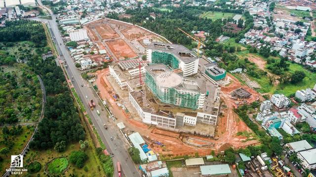 Cận cảnh công đoạn xây dựng dự án trọng điểm y tế 5.800 tỷ đồng, tân tiến bậc nhất ở khu Đông (Tp.HCM) - Ảnh 13.