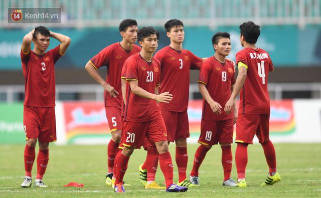 Báo châu Á chỉ ra lý do khiến Olympic Việt Nam thua cay đắng UAE - Ảnh 1.